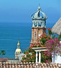 Se acepta comúnmente que Puerto Vallarta fue fundado en 1851 por don Guadalupe Sánchez quien llegó a este lugar con su familia el 12 de diciembre, procedente de Cihuatlán, Jalisco. Got it?